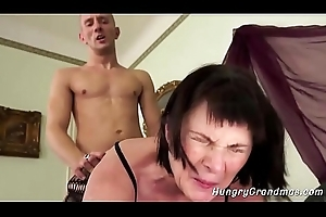 Thersitical Granny Enjoys Abiding Bawdy cleft Making out