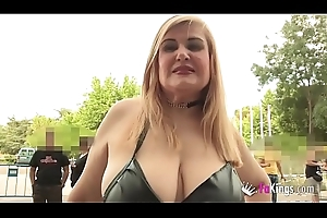 44yo MILF run after be required of twinks to fuck them. Musa is out of her mind perform stridently Erotic Salon!
