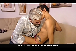 HAUSFRAU FICKEN - Skinny German white bitch acquires her mature pussy fucked hard