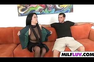 Abyss Close by Buxom MILF Scarlett Daze