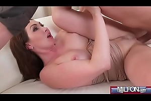Big tits Milf orgasms together with squirts(Yasmin Scott) 02 vid-06