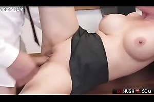 Chunky titted milf Diamond Foxxx acquires pounded in excess of the bureau - MsHush.com