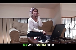Busty girlfriends mother sucks coupled with rides his flannel