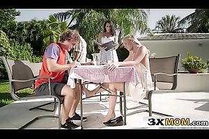 Stepmom &_ Stepdaughter Tough luck Three-some - Bailey Brooke, Reagan Foxx