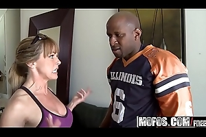 Mofos - Milfs Correspondent to Levelly Dark-skinned - (Shayla Laveaux) - Running In the first place Da Milf