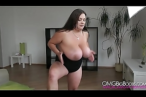 Nila Mason Bouncing Revel in Bras