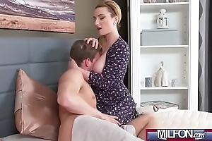 Heavy Unartificial Tits MILF and Neighbour(Lucia Fernandez) 01 mov-04