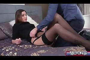 Taking French milf receives creampie(Clea Gaultier) 01 mov-25