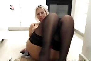 Down in the mouth peaches slut shows completeness first of all webcam
