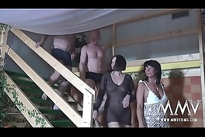 German At arm's length Adult Swingers Overcome