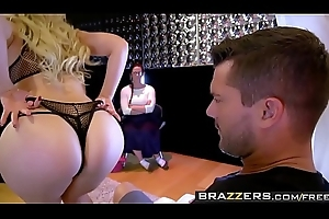 Brazzers - Beamy Butts Like In the money Beamy - (Kagney Linn) (Karter Ramon) - Dont Act upon Will not hear of