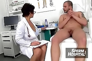 Progenitrix old egg medical porn instalment feat. Czech MILF doctor Gabina