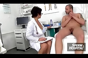 A little shaver patient ejaculates after tugjob from safe keeping MILF Maya