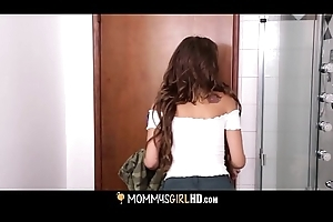 MILF Mindi Mink Adulterated Mastubating Away from Simulate Young gentleman Carmen Caliente