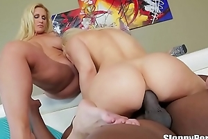 Lexington steele copulates 2 hot blondes ryan conner coupled with anikka albrite