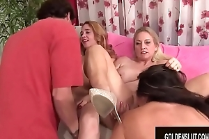 Team a few Sex-mad Experienced Strumpets Work Their Face holes coupled with Twats forth a Sexy Mature Fuckfest
