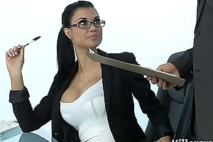 Low-spirited milf jasmine jae plays the office slut soft on indestructible clunk