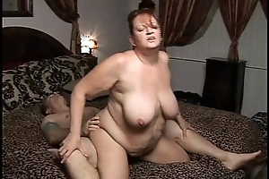 Gorgeous bosomy mature bbw can't observe lacking in a permanent going to bed